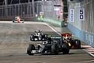 تحليل: كيف أشعل هاميلتون وريكاردو وقود المنافسة في سنغافورة