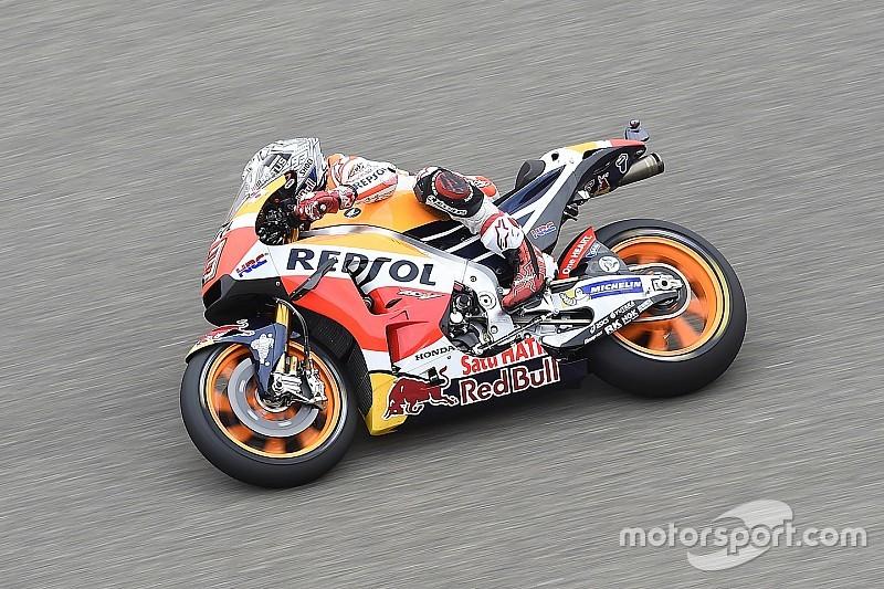 MotoGP in Aragon: Sturz von Valentino Rossi im 3. Training – Marc Marquez Schnellster