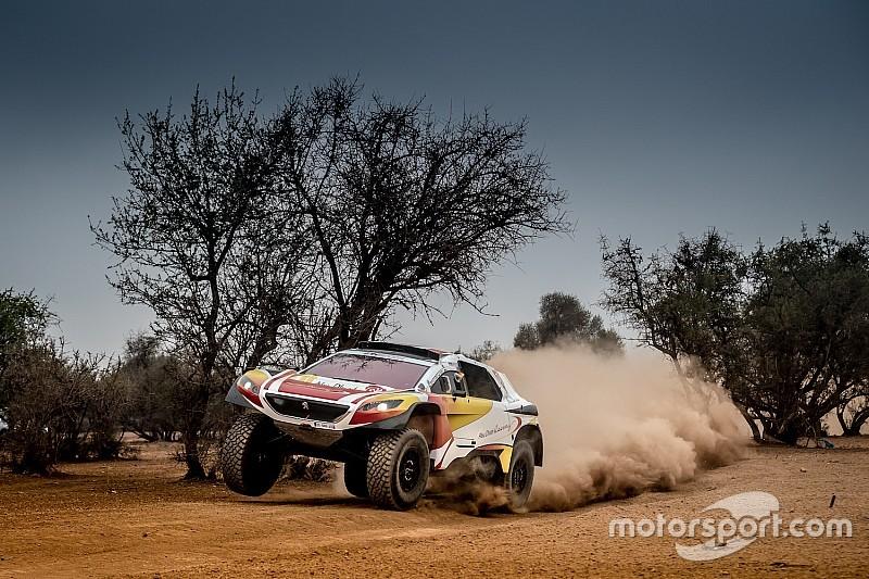 خالد القاسمي سعيدٌ بالتجارب التي أكملها على سيارة بيجو تمهيداً لرالي المغرب