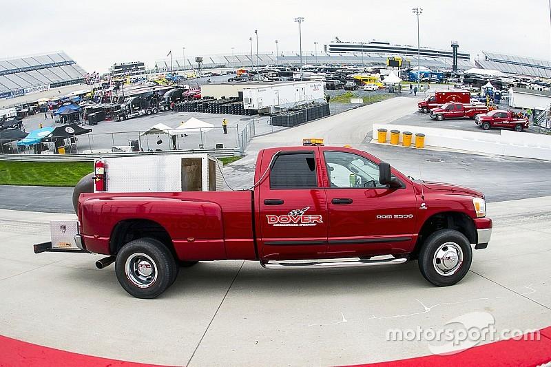 NASCAR pospone por lluvia carrera de Xfinity