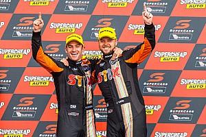 Supercars Yarış raporu Bathurst 1000: Davison/Webb zaferin sahibi