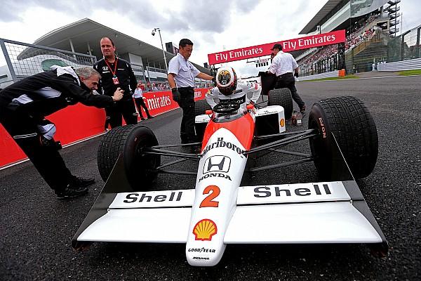 Galeria: Vandoorne anda com McLaren de 1989 em Suzuka