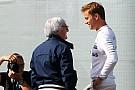 Ecclestone prefiere que gane Hamilton el mundial