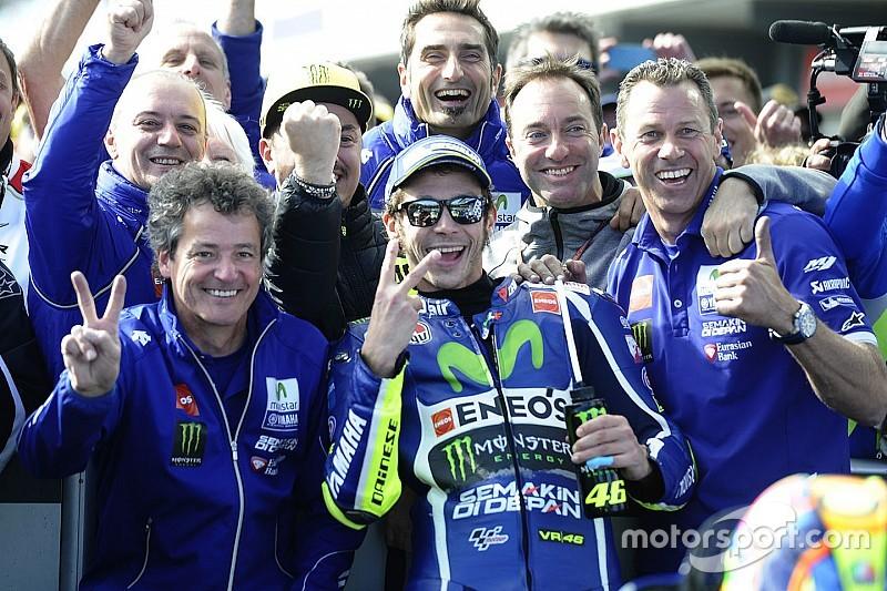 Valentino Rossi: Nach Blick aus dem Fenster am Morgen glücklich
