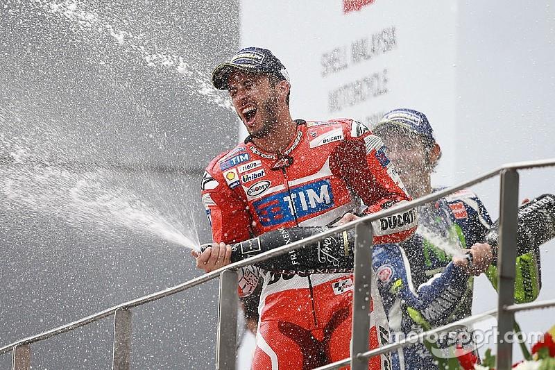MotoGP Sepang: Andrea Dovizioso siegt bei Sturzreigen vor Valentino Rossi