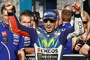 MotoGP Kwalificatieverslag Lorenzo verpulvert polerecord in kwalificatie GP Valencia