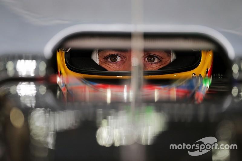 """Alonso - """"On devrait payer les gens pour regarder les voitures passer"""""""