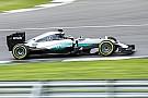 Відео: Хорхе Лоренсо за кермом Mercedes AMG F1