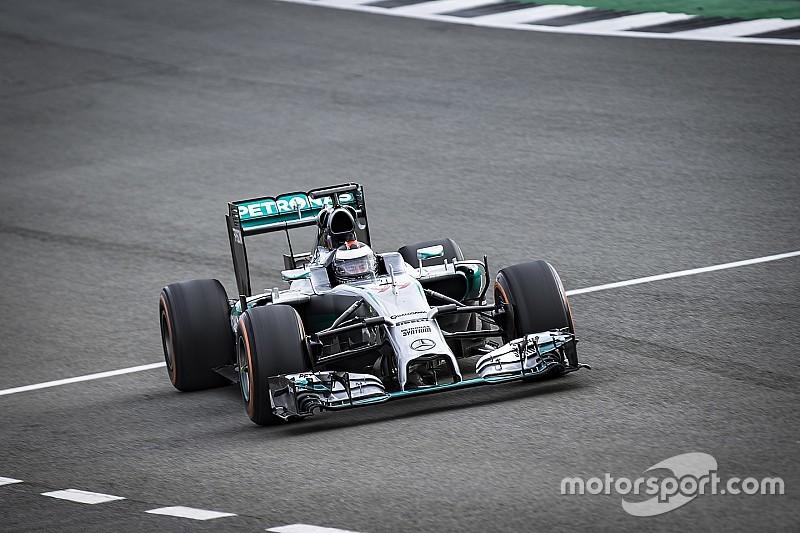 VIDEO: Así fue el test de Lorenzo con el Mercedes F1 W05 en Silverstone