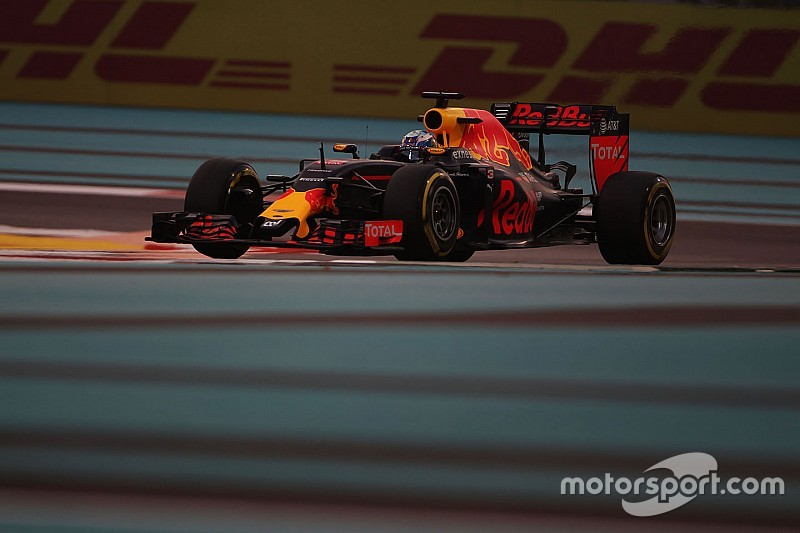 Ricciardo confía en poner las cosas difíciles a Mercedes