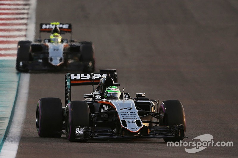 Force India comemora quarto lugar no campeonato