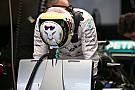 Souffrant, Hamilton n'a pas terminé sa matinée d'essais