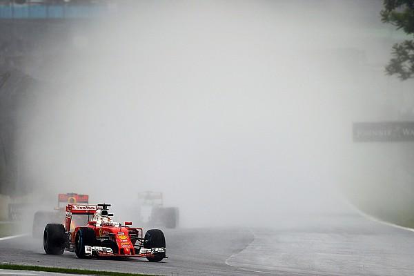 Alonso - Les roues découvertes des F1 accentuent la projection d'eau