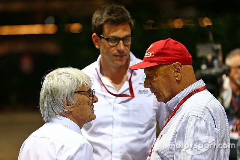 Ecclestone quer que Mercedes contrate piloto de ponta