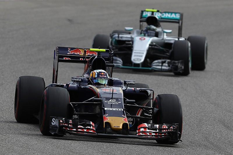 """Red Bull: """"Waarom zouden we Sainz naar Mercedes laten gaan?"""
