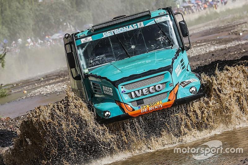 Camiones: De Rooy toma el liderato con otra victoria