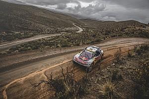 Dakar Relato de estágio Peterhansel e Loeb fazem 1-2 da Peugeot e abrem duelo direto
