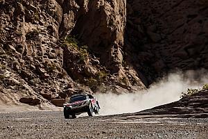 """Dakar Nieuws Loeb legt zich neer bij nederlaag: """"Pushen zou gekkenwerk zijn"""""""