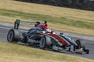 Other open wheel Relato da corrida Segundo dia da TRS tem pole, punição e pódio de Pedro Piquet