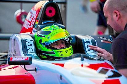 Mick Schumacher: Start-Ziel-Sieg in Rennen 1 der Buddh MRF Challenge