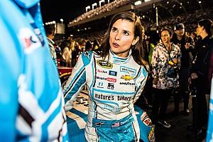NASCAR Cup News Stewart-Haas Racing verklagt Danica Patricks Sponsor
