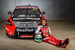 Supercars News Nissan zeigt Supercars-Tourenwagen von Simona de Silvestro