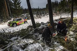 WRC Важливі новини Фотогалерея із зимової казки: яскраві машини на Ралі Швеція