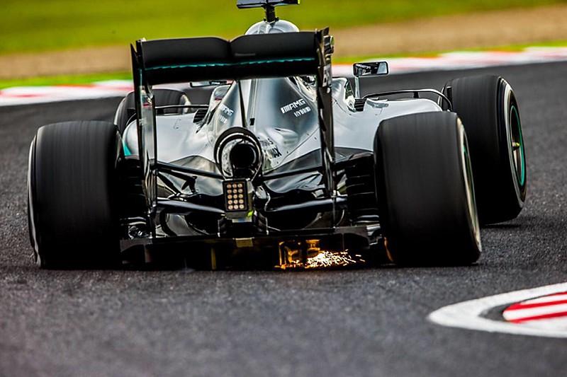 【F1】ロズベルグ、チャリティーに協力。鈴鹿で撮られた写真にサイン