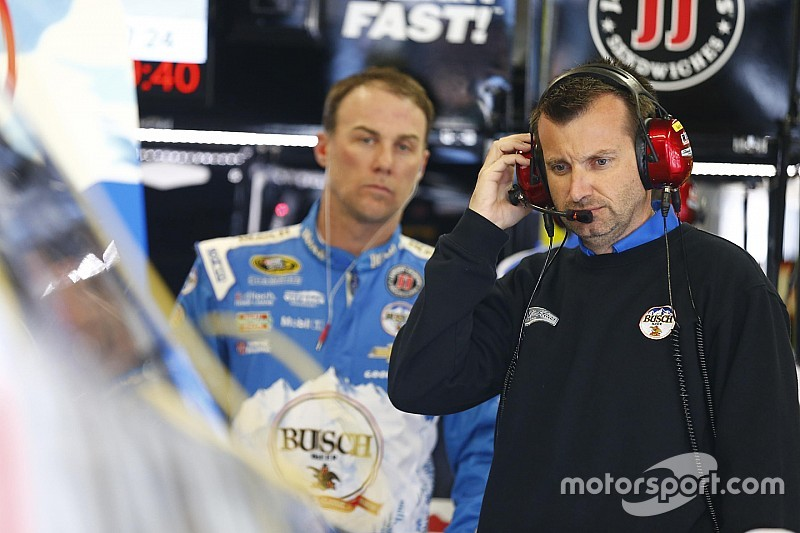 Stewart-Haas Racing apelará la penalización de Phoenix