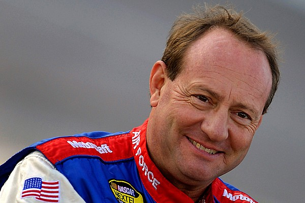 NASCAR Canada Breaking news Jukasa Motor Speedway and APC Series welcome Ken Schrader