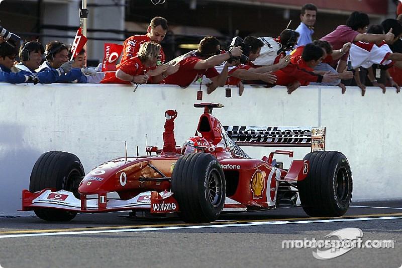 Michael Schumacher az utolsó futamon sem könyörült meg a mezőnyön 2002-ben