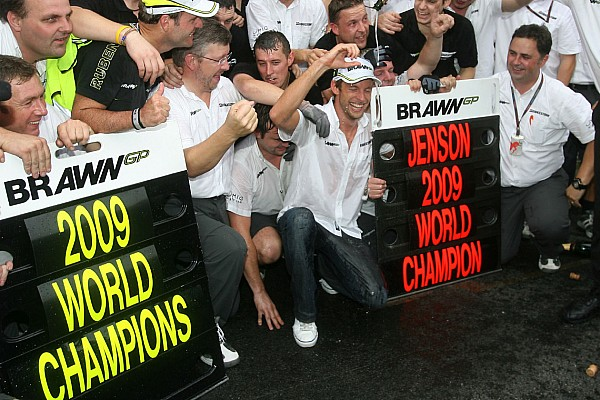 Formula 1 Top List Gallery: Button clinches his maiden F1 title in 2009