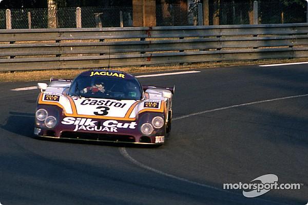 Vintage Actualités Button sur une Jaguar de 1988 à Le Mans Classic
