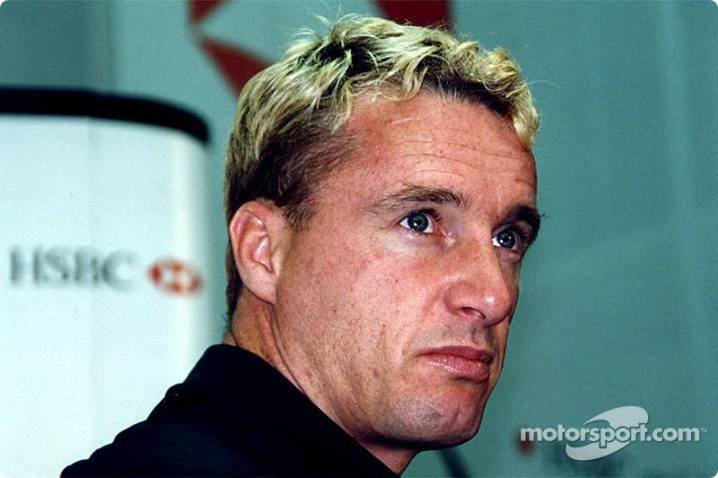 Jaguar Racing and HSBC renew sponsorship: Eddie Irvine