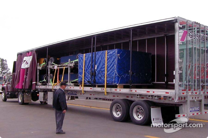 Formula 1 arriving by truck
