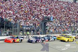 Race action: Jeff Gordon, Rusty Wallace and Mark Martin
