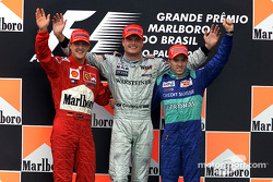 El podio: Michael Schumacher, David Coulthard y Nick Heidfeld