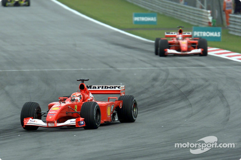 Michael Schumacher ya está en la punta