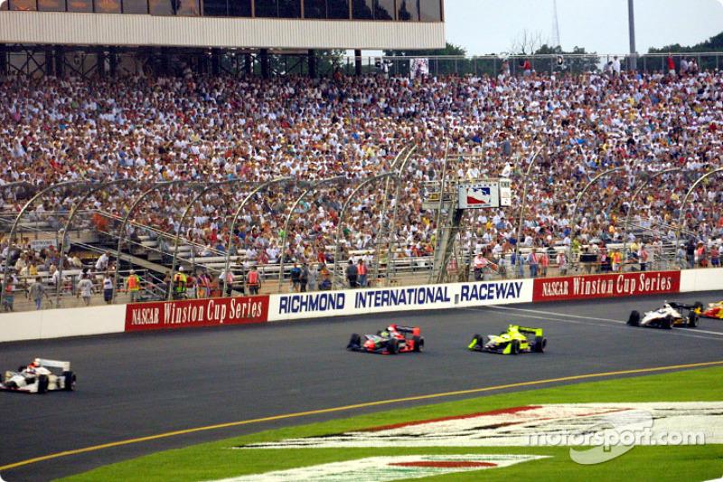 Race action: Felipe Giaffone and Airton Daré