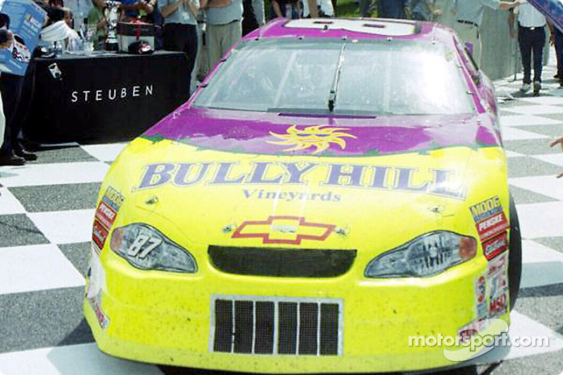 Ron Fellows pulls hi Bully Hill Monte-Carlo into victory lane