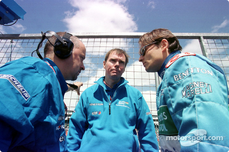 Mike Gascoyne and Giancarlo Fisichella
