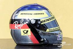 Le casque de Jean Alesi aux couleurs de Jordan