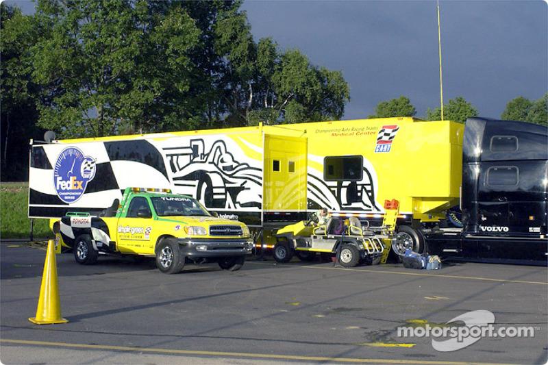 CART Fedex truck