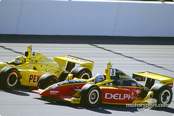 Sam Hornish Jr. et Scott Sharp