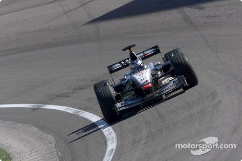 2001 (Indianapolis): Mika Häkkinen (McLaren-Mercedes MP4-16)