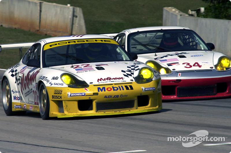 A pair of Porsche 911 GT3