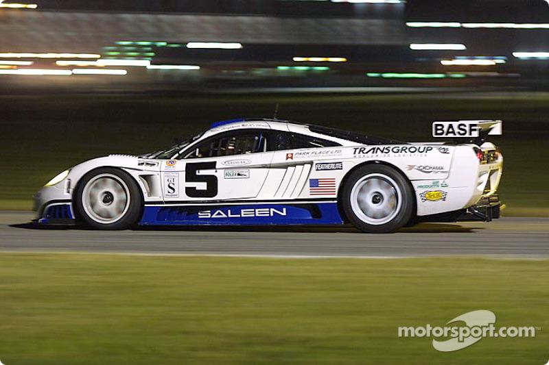 Fordahl Motorsports' Saleen S7R during night practice