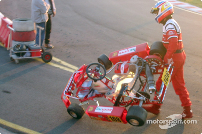 InterContinental A 100cc: Adriano Valente (Italcorse-Italsistem) coming back in the pits at the end of the race