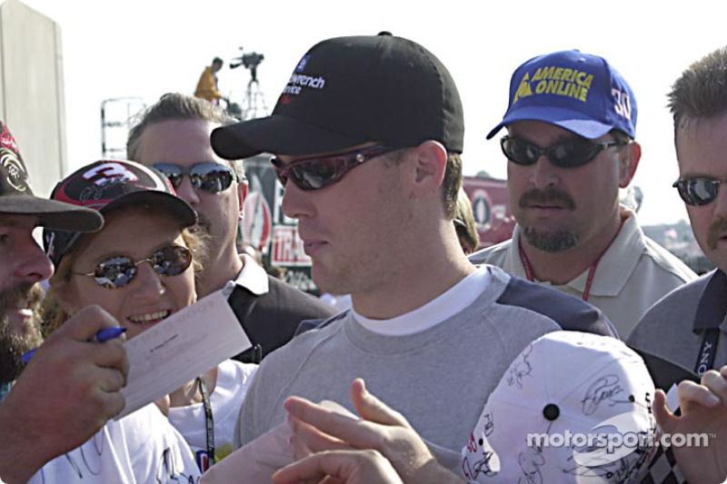 Kevin Harvick signing autographs