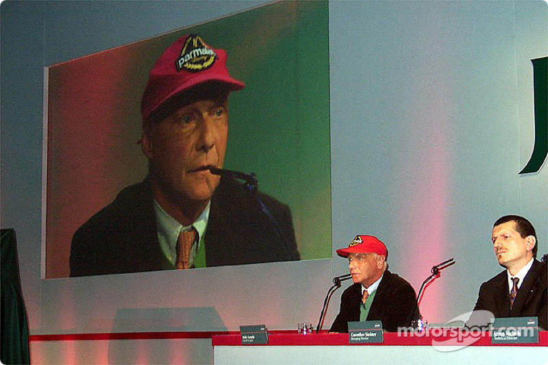 Niki Lauda talking about the Jaguar R3